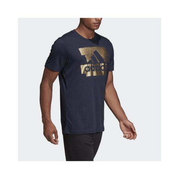 adidas-adidas-t-shirt-foil-badge-of-sport-uomo-blu-oro-dv3083-adidas-adidas-t-shirt-foil-badge-of-sport-mostra-il-tuo-look-sport