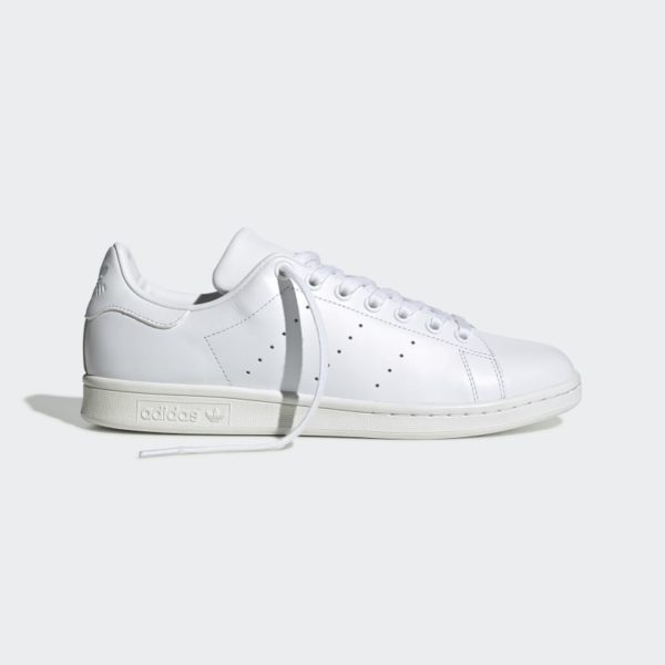 Stan_Smith_Shoes_White_S75104_07_standard